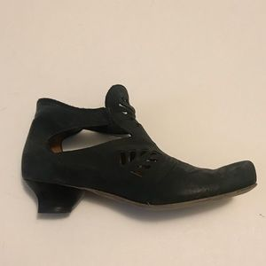 Vintage Think Leather Booties size 6